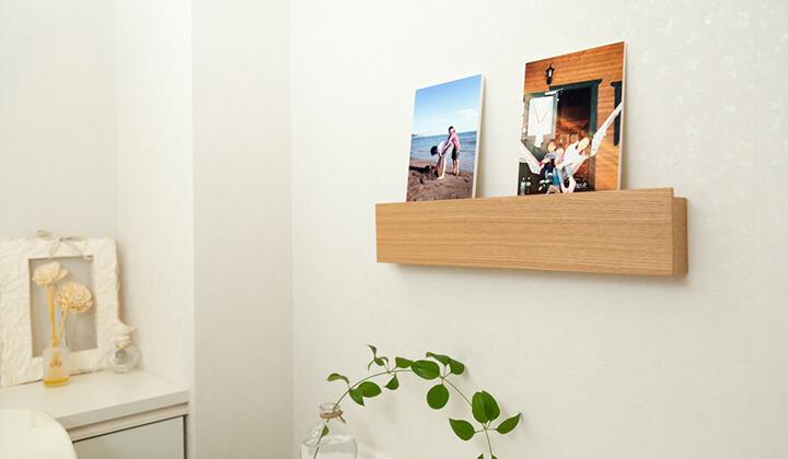 無印良品の壁に付けられる家具でトイレをギャラリーに